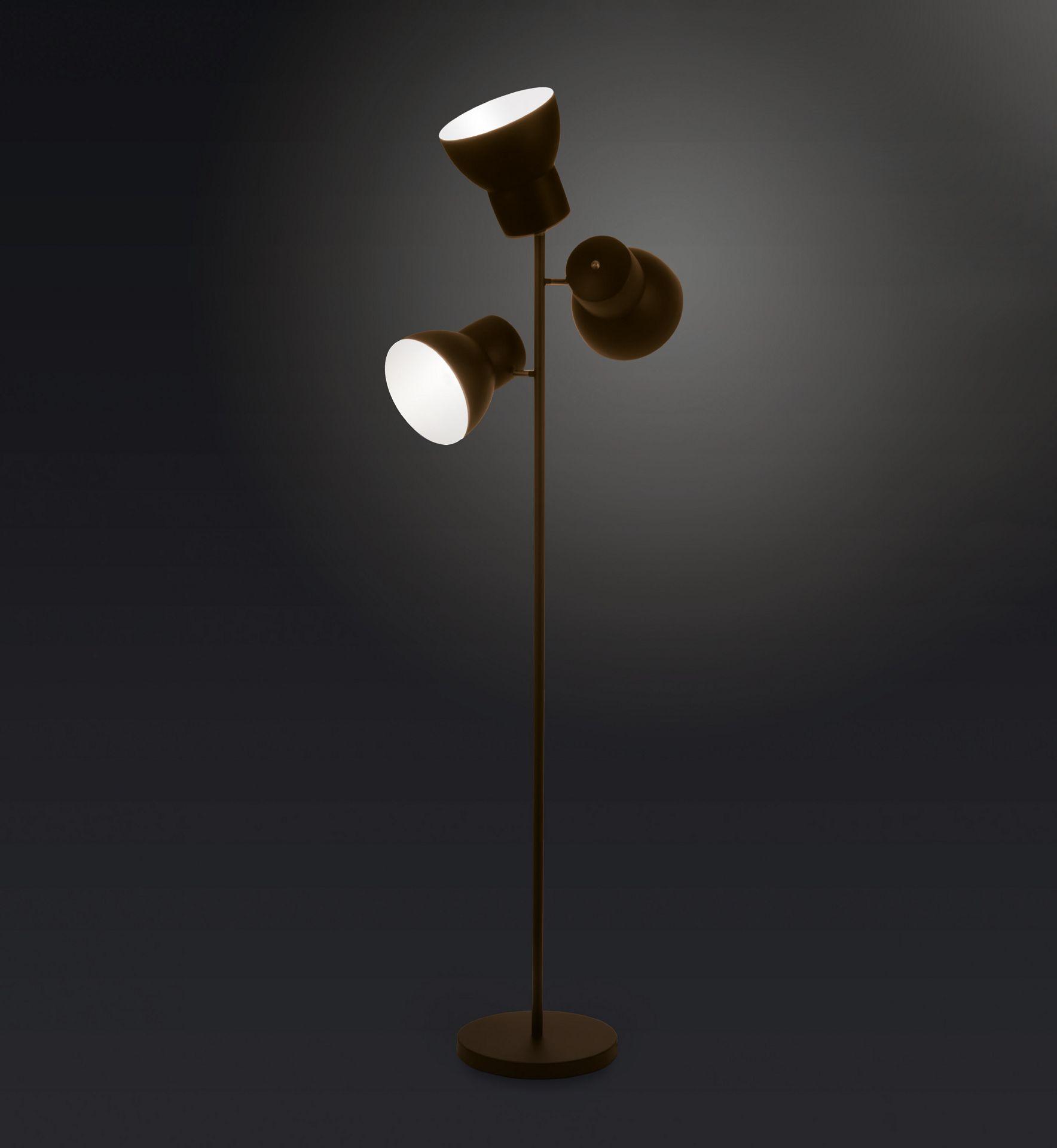 Leuchte Shelf von MLE . Entwurf von JOI-Design