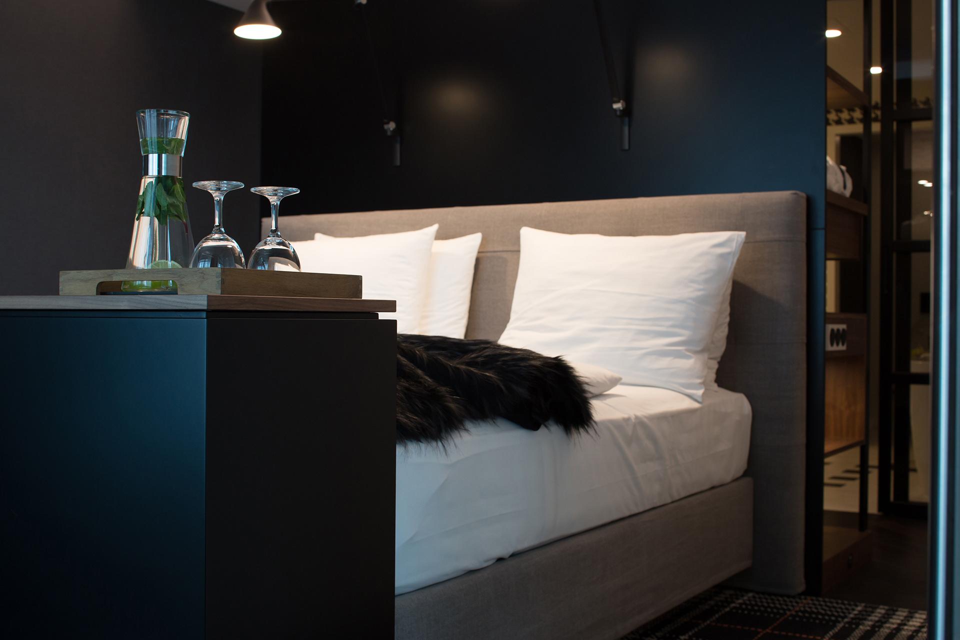 Bett im Zimmer Radisson Blu in Frankfurt
