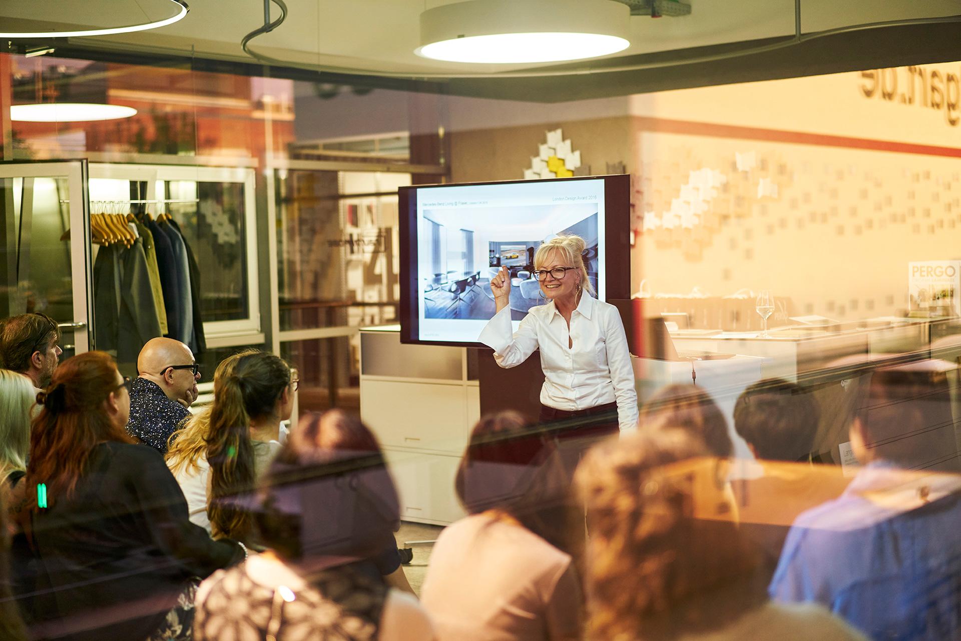 Vortrag expertenrunde raumprobe in stuttgart joi for Innenarchitektur vortrag