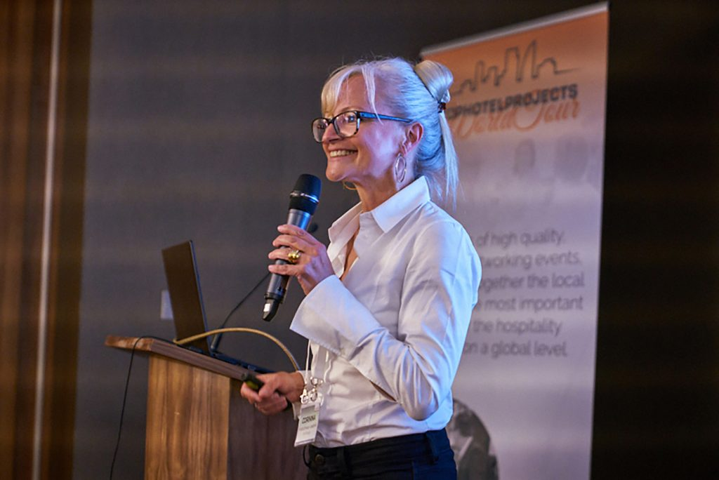 Corinna Kretschmar-Joehnk during her speech at the Tophotelprojects World Tour 2017