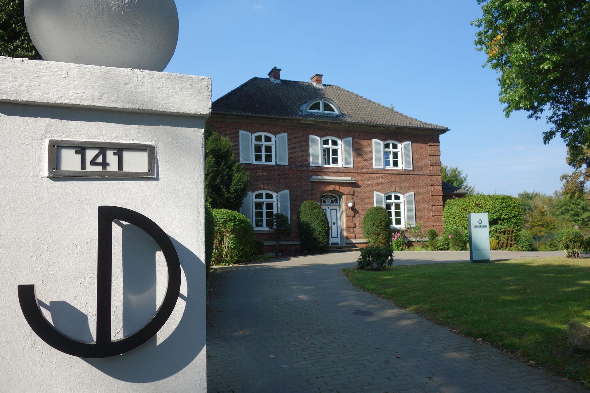 Die JOI-Design Villa . Außenansicht.