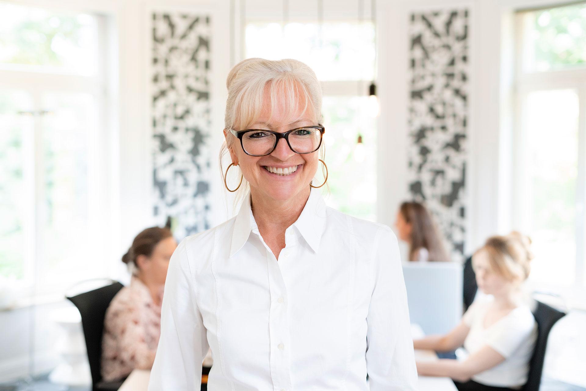 Corinna Kretschmar-Joehnk. Geschäftsführerin und Inhaberin von JOI-Design.