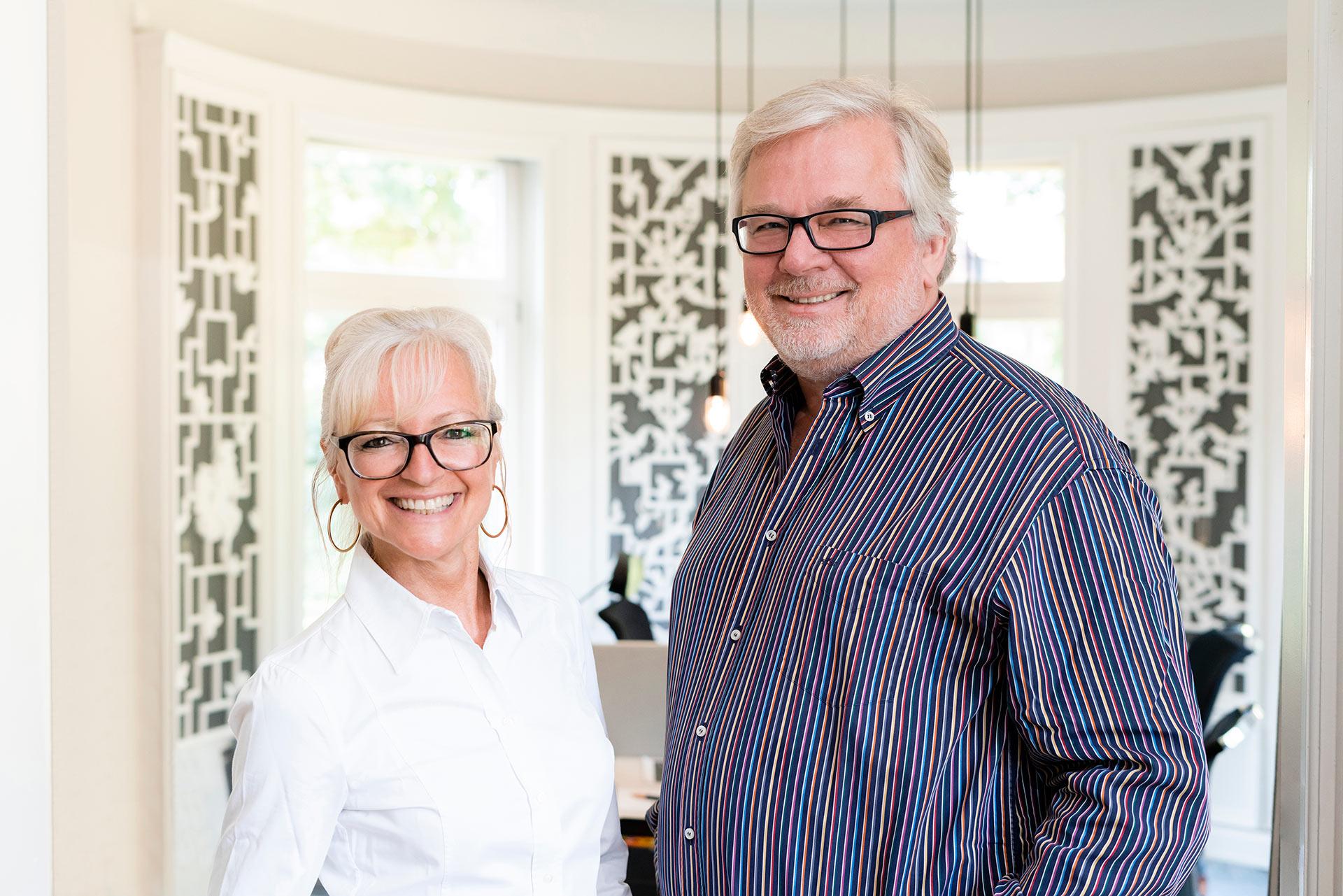 Die Geschäftsführer und Inhaber von JOI-Design. Corinna Kretschmar-Joehnk und Peter Joehnk.