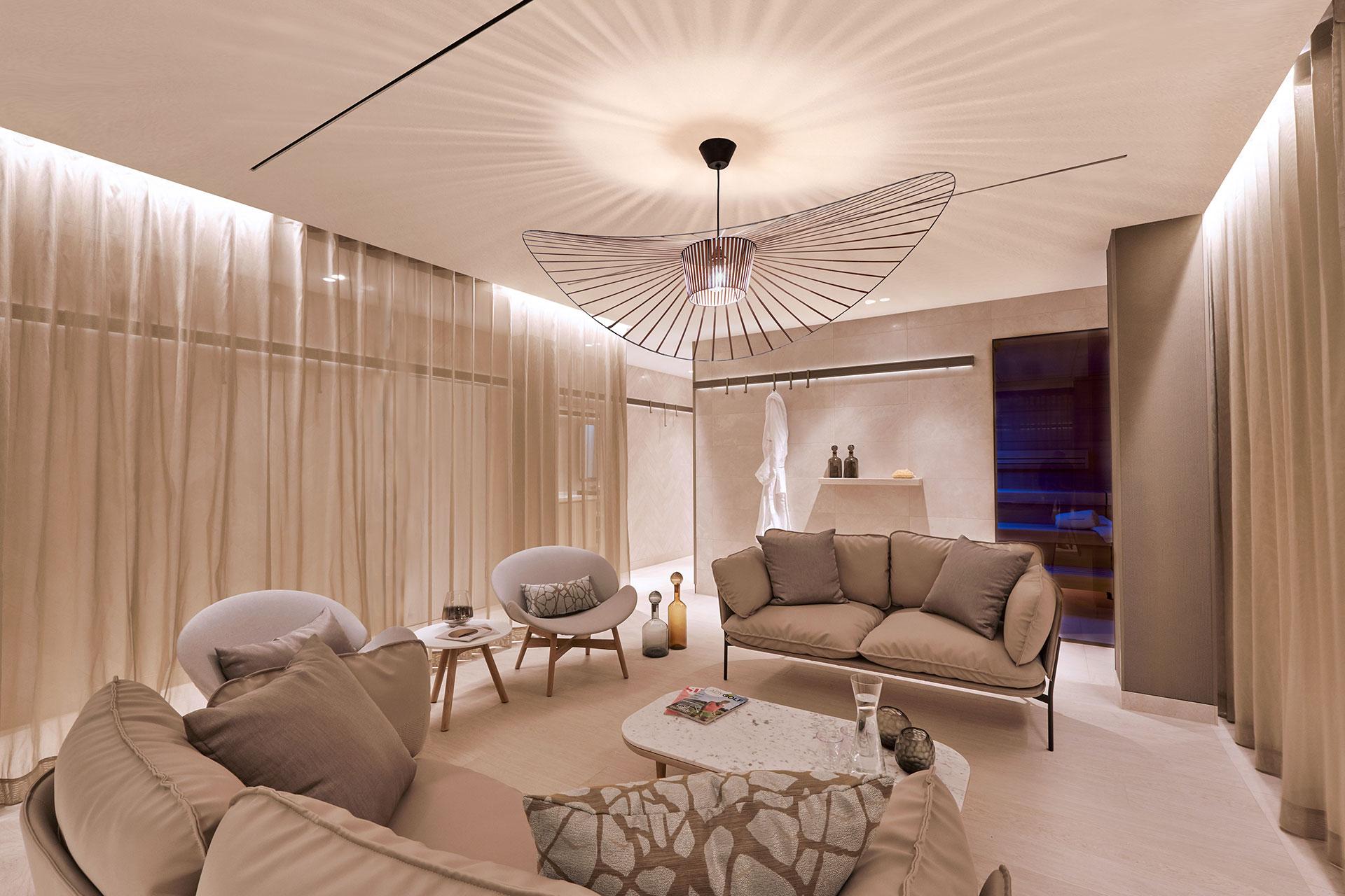 Der Lady Spa im Hotel Der Öschberghof in Donaueschingen. Entwurf von JOI-Design.