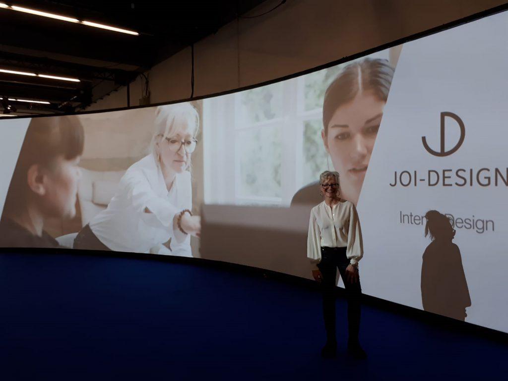 Corinna Kretschmar-Joehnk hält auf der Heimtextil einen Vortrag